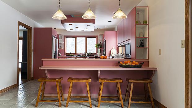 Розовото е новото черно... в кухнята