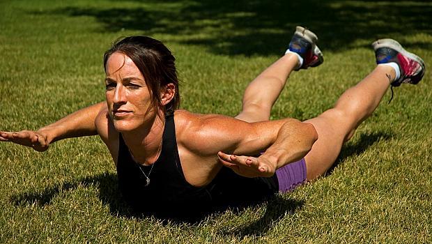 """1 минута в поза """"супермен"""" на ден може да промени тялото и кондицията ви"""