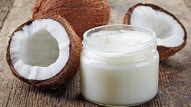 Кокосово масло: любимият продукт на звездите