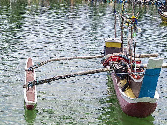 Традиционна рибарска лодка