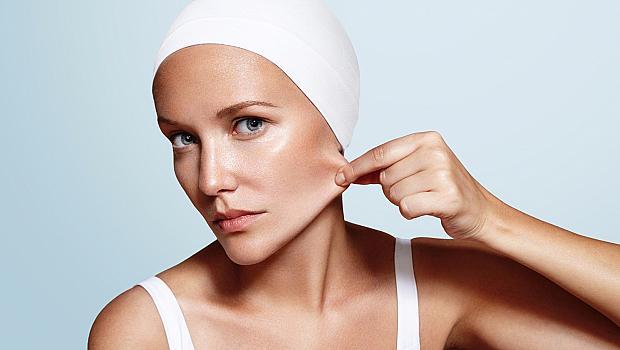 7 козметични продукта за лице, с които ще спрете времето