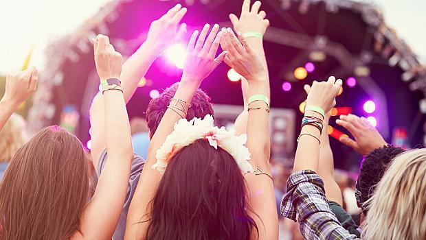Не си отивай, лято, остани за още една песен!