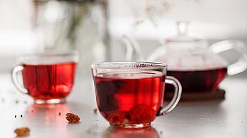 Магията  червен чай