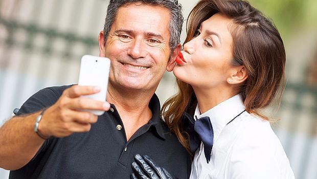Какво да очаквате от партньора си с голяма възрастова разлика?