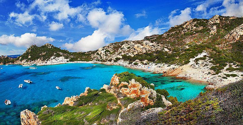 Едни от най-живописните плажове са в Сардиния