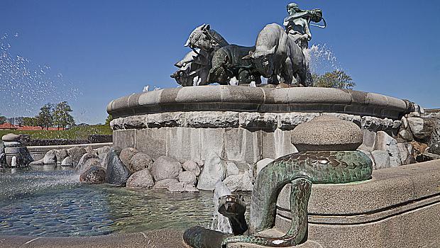 Когато сте в Копенхаген: Малката Русалка vs. богинята Гефион