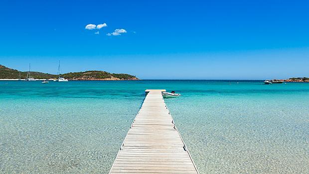 Топ 3 на най-красивите плажове наблизо: Корсика