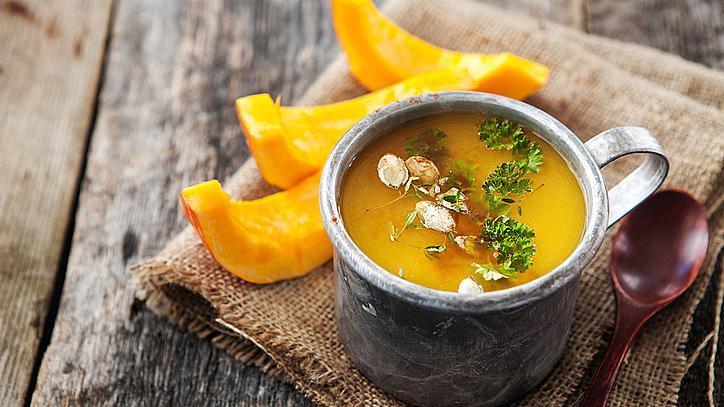 Вкусовете на зимата: супа от тиква с къри