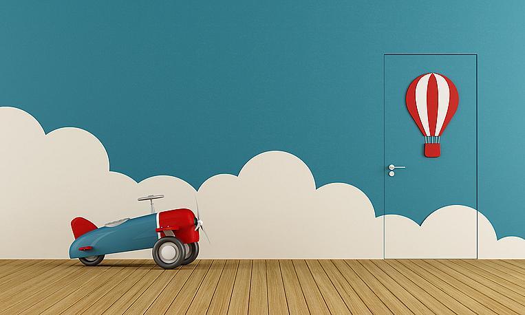 Ярко червено: топъл и енергичен цвят, който обаче не е препоръчителен за детски стаи, тъй като превъзбужда малките. Изберете го като акцент в интериора на дневната или кухнята. В детската стая може да присъства в малките детайли, но в никакъв случай не боядисвайте стена в червено и не купувайте спално бельо в този цвят, ако искате децата да имат здрав и спокоен сън.