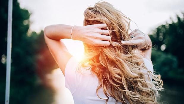 Как да възстановим косата от лятото?