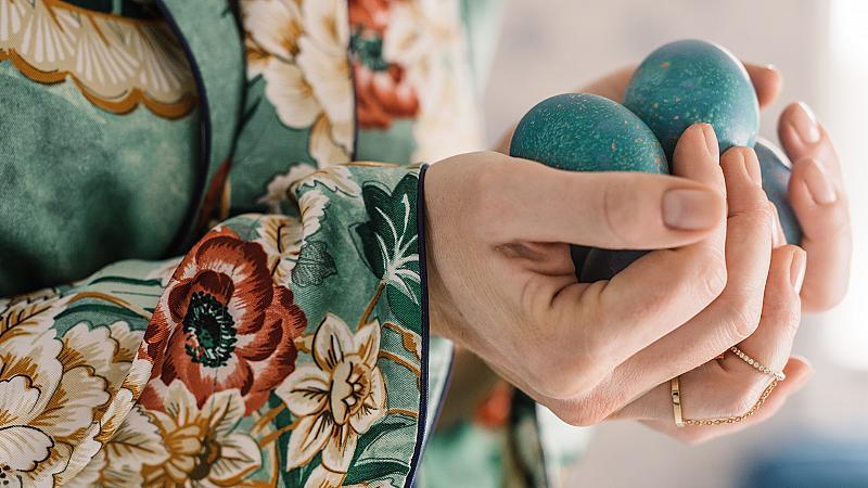 5 необичайни техники за декорация на великденските яйца, които да пробвате днес