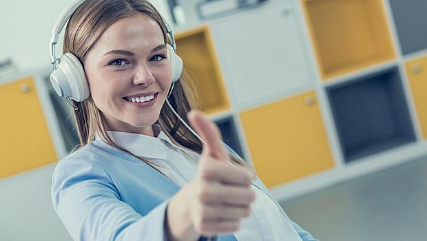Слагайте слушалки на бюрото, музиката лекува!