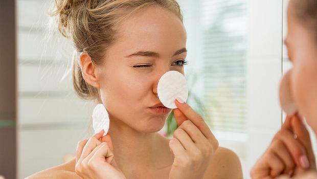 Почистете деня от лицето си!