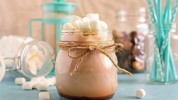 Горещ коктейл с ликьор и какао