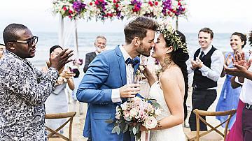 Най-необичайните сватбени традиции в света