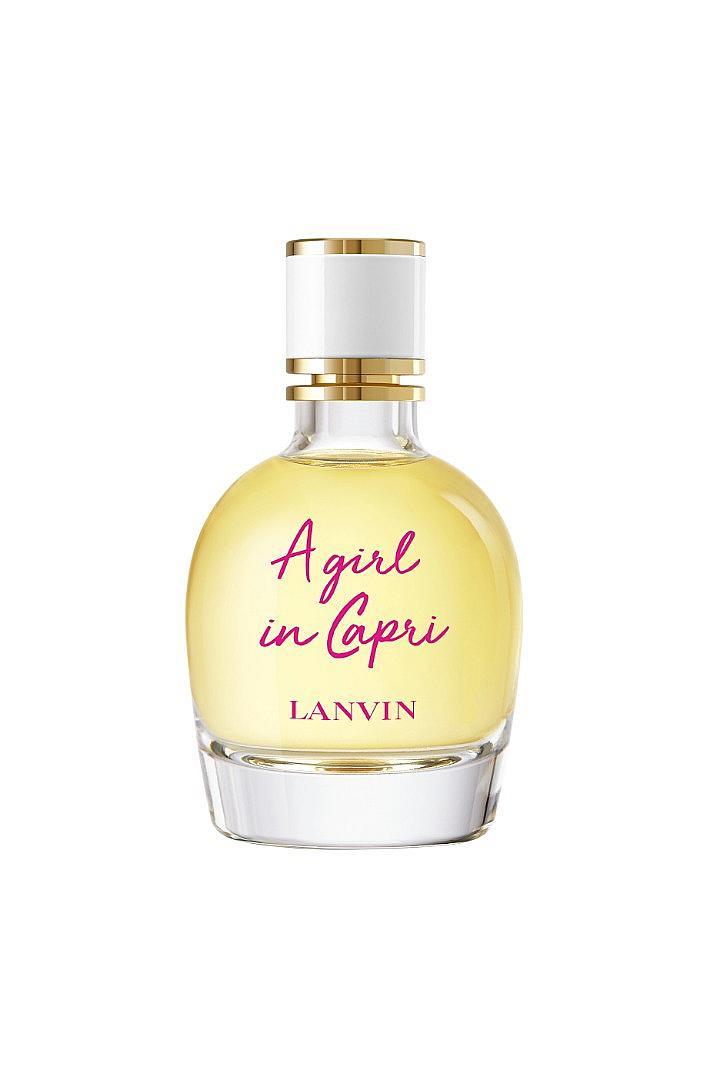 Капри е островът, превърнал се в синоним на лятото. Затова момичето на LANVIN отива именно там! A Girl In Capri ще ви завладее със свежестта на цитруси, бели цветя, суха дървесина и бял мускус.