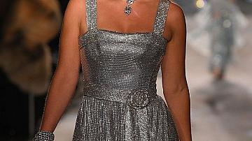 Лейди Кити Спенсър на подиума на D&G