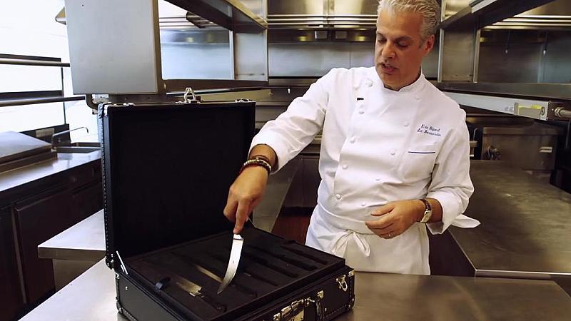 Перфектният куфар за... кухненски ножове