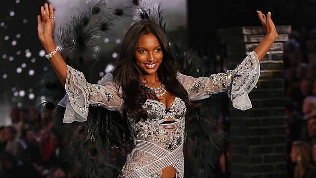 Victoria's Secret обяви кой ще носи сутиен за 3 милиона долара на тазгодишното им ревю