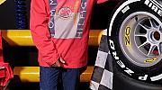 Люис Хамилтън от Формула 1 става лице на Tommy Hilfiger (ВИДЕО)