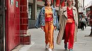Стрийт стайл вдъхновение: цветният панталон и как да го носим