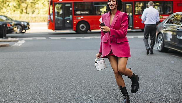 Стайлинг за уикенда: 30 визии от Лондон, които нямаме търпение да пробваме