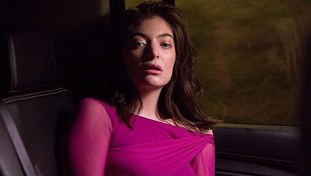 Мелодраматичната Lorde отново е на топа