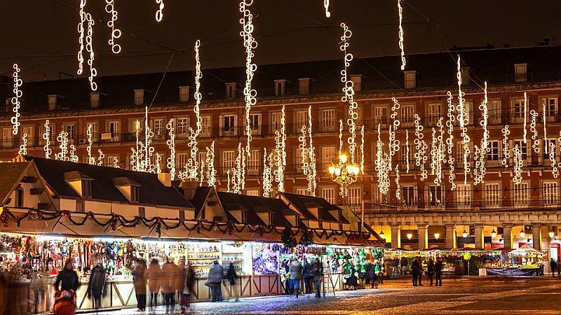8-те най-красиви Коледни базари в Европа