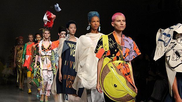 Цвят, блясък и сериозна доза кураж сподели Лондонската седмица на модата