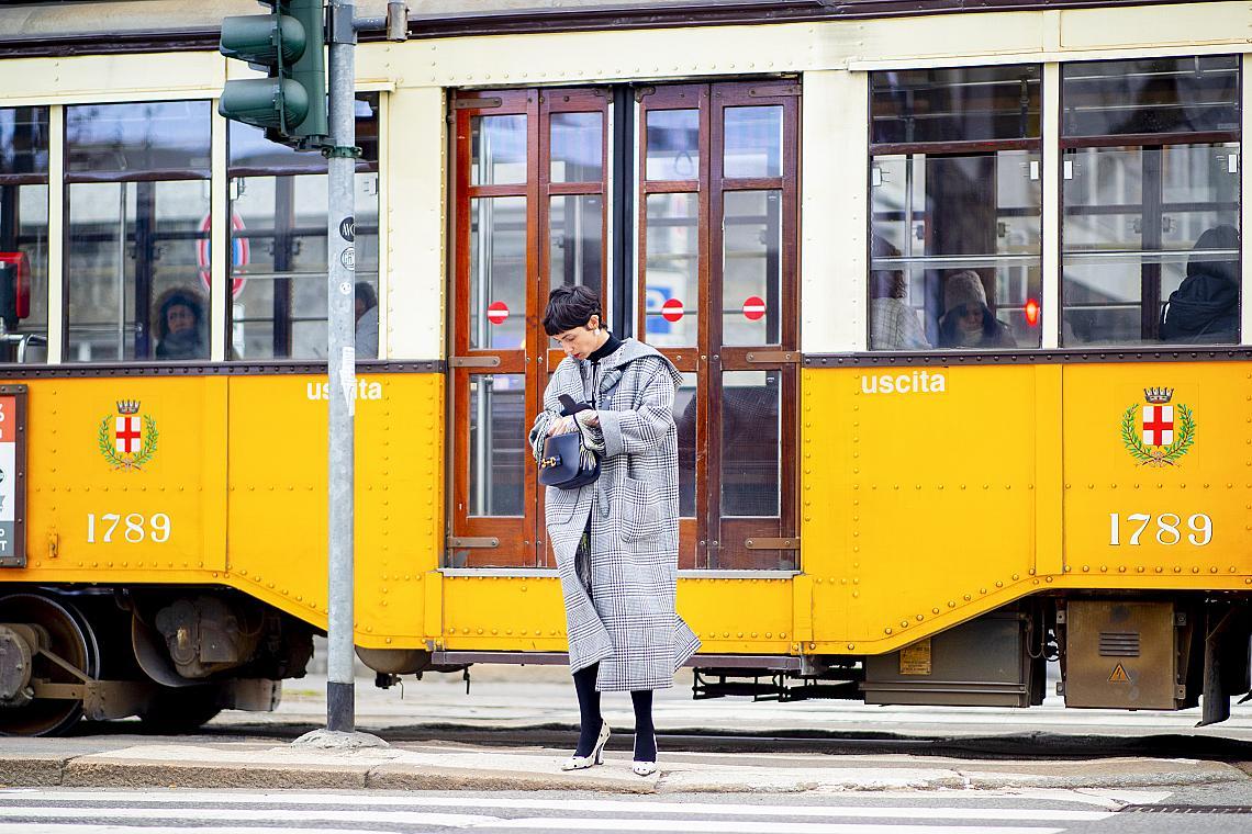Снимката е от Седмицата на модата в Милано, която се проведе от 18 до 24 февруари