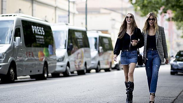 Заменяме полата с джинси: 40 елегантни street style предложения