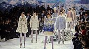 Зимна приказка на модния подиум в Париж