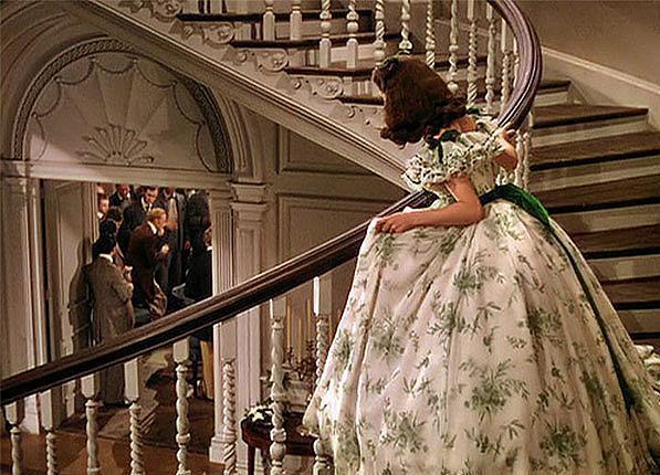 """Вивиан Лий, """"Отнесени от вихъра"""":  Направена ли е наистина от завеси роклята за парти? Едно е сигурно, това е чиста демонстрация на женската изобретателност и воля."""