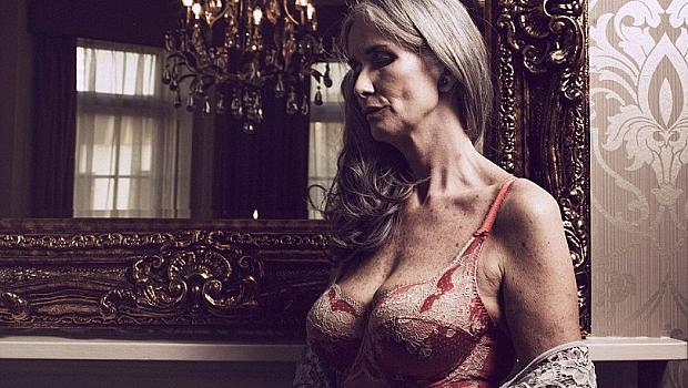 56-годишна засне провокативна фотосесия