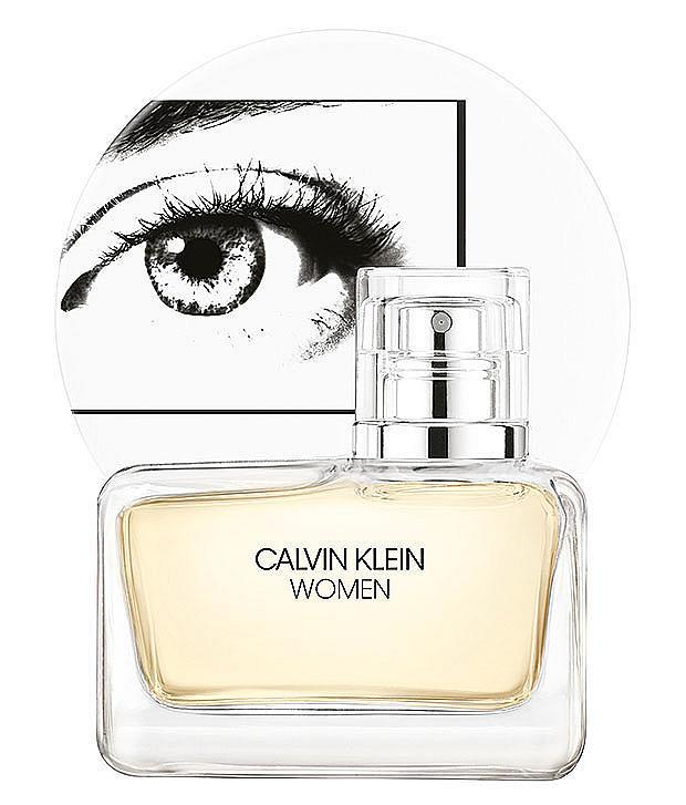 Няма и година от излизането на Women и от CALVIN KLEIN лансират нова негова интерпретация. Символът на парфюма – флаконът с женското око, е запазен, но самият аромат е с жълт цвят.