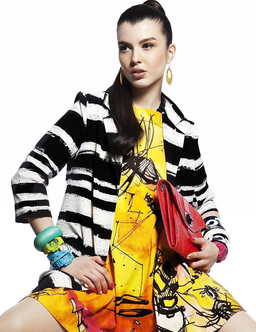 Пирина Джупанова в кадър от от фотосесията за априлски брой на ELLE България