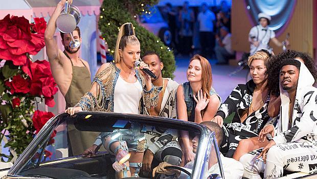 Парис Хилтън, Фърги и Плейн взривиха модния подиум в Милано