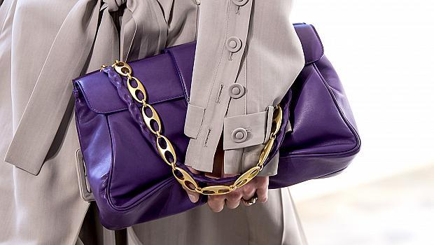 20 елегантни дамски чанти, които се откроиха на подиума