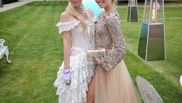 Принцеса Олимпия и принц Павлос вдигнаха грандиозно парти за рождените си дни