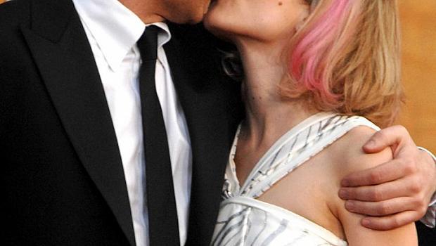 Странните целувки на звездите