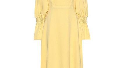 9 жълти рокли със слънчев характер