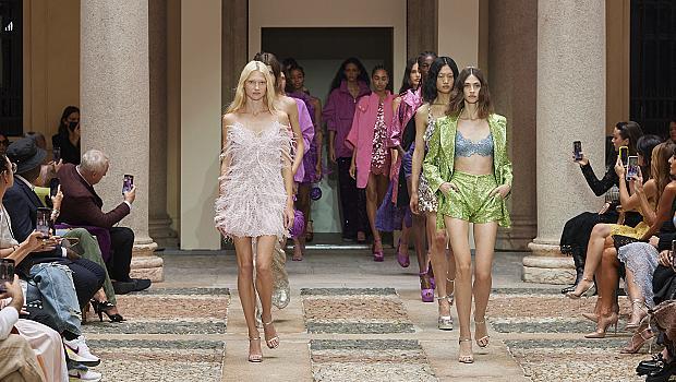 Ermanno Scervino представи новата си пролетна колекция в дворец