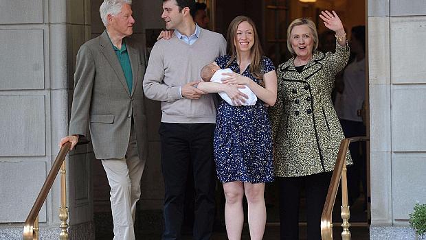Ето го второто внуче на Хилари Клинтън