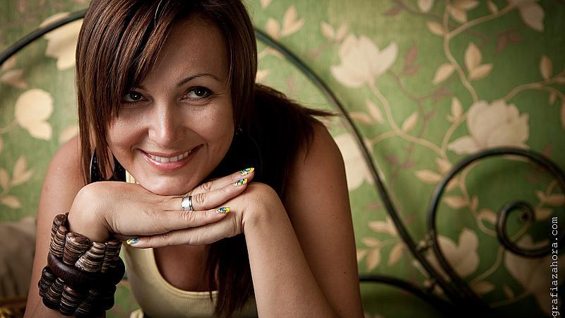 Българска дизайнерка облече Мариета Мелроуз за Оскарите