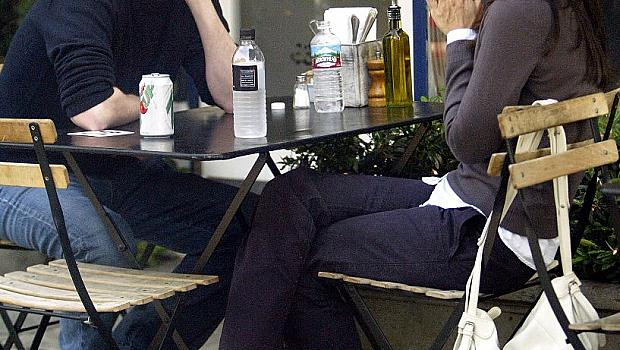 Ще се влюбят ли Матю Пери и Кортни Кокс?