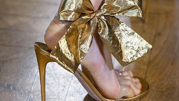 Обувките от HAUTE COUTURE ревютата в Париж