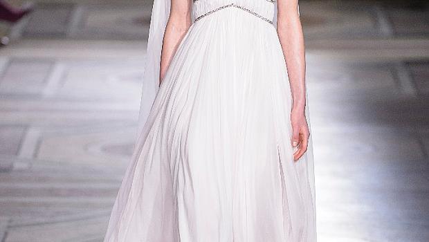 Най-красивите булчински рокли представени на Седмицата на висшата мода в Париж 2018