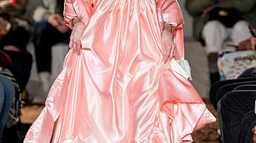 29 розови рокли за празнична Барби визия!