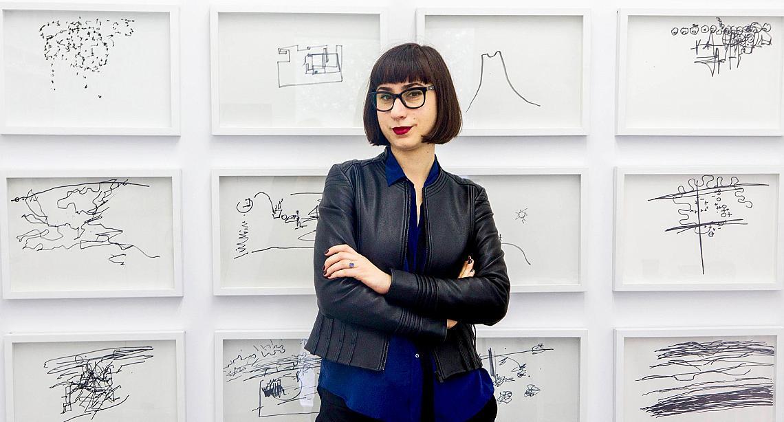 Веселина Сариева в Sariev Contemporary, Пловдив, изложбата на Камен Стоянов, Ask the Artists