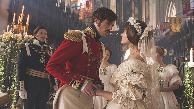 ТЯХНО ВЕЛИЧЕСТВО: 4 актриси в ролята на кралица Виктория